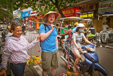 Vietnam to slash visa fees in November to boost tourist arrivals